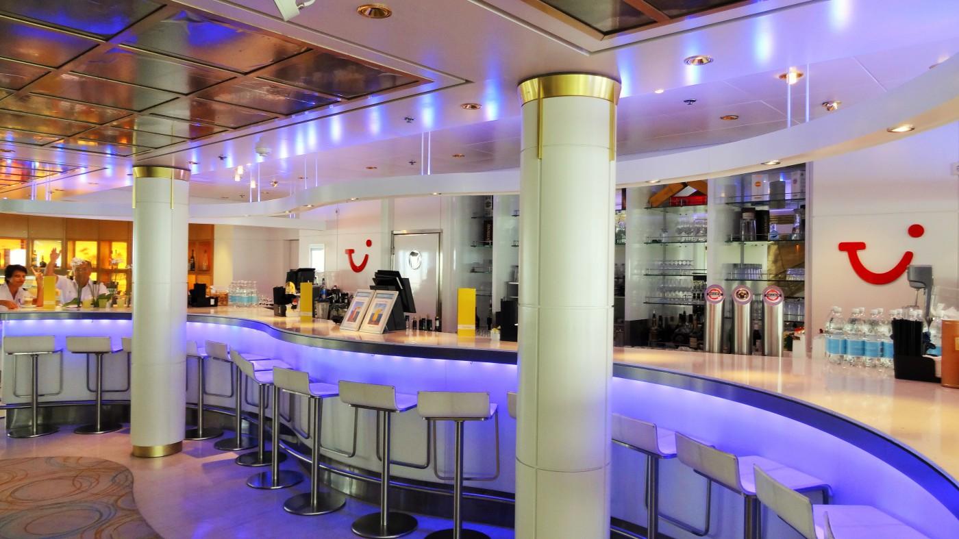 Die TUI Bar auf der Mein Schiff 2