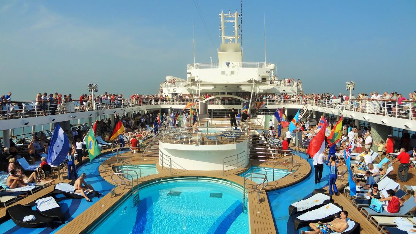 Mein Schiff 2 , TUI Cruises