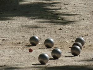 Petanque in St. Tropez auf dem Place des Lices