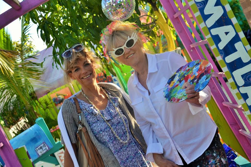 Zu Besuch bei der Selfmade-Künstlerin Leoma Lovegrove in ihrer Galerie Matchala on Coconut Grove nahe Fort Myers