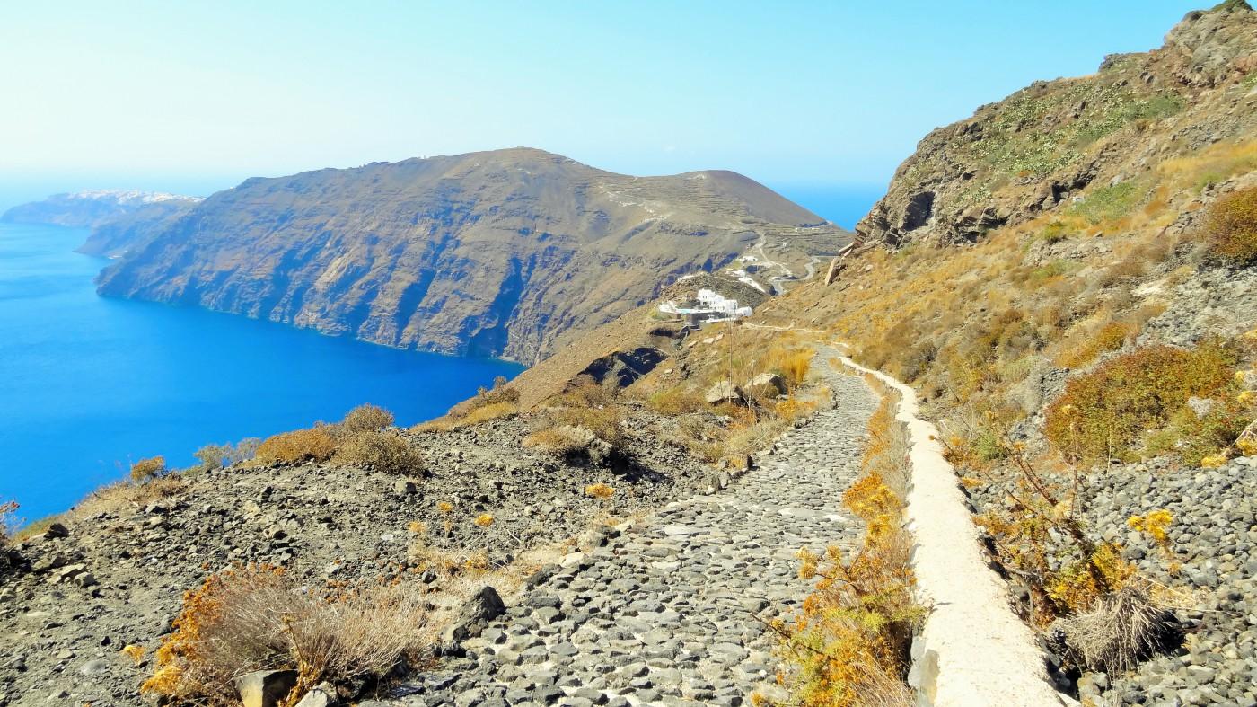 Santorini Kraterrandweg an der Caldera Copyright S. Schaeffer