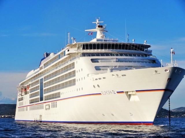 Europa 2. 5 Sterne Luxus-Schiff