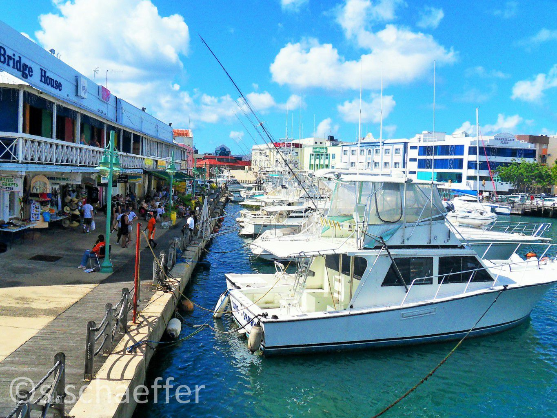 Barbados: Restaurants und Bars am alten Hafen von Bridgetown