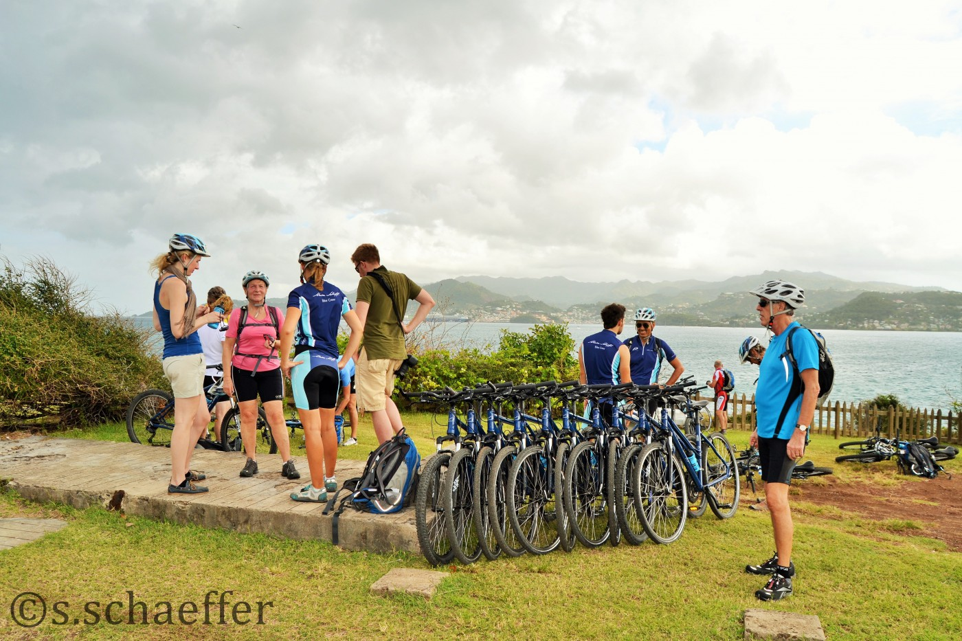 Pause während der Radtour über 30 Kilometer auf Grenada