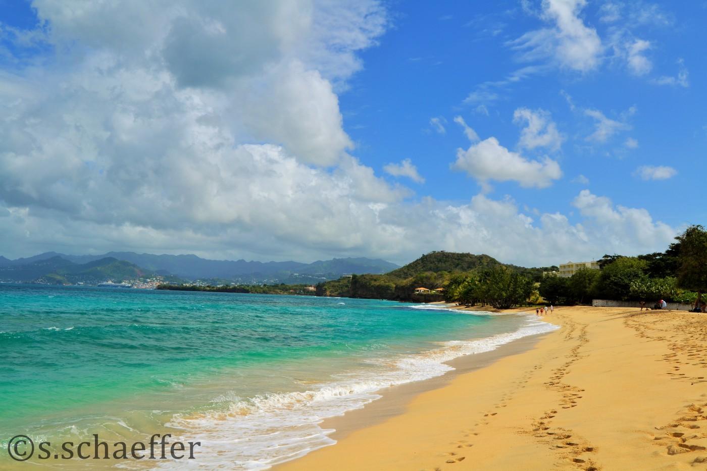 Grenada _ Wohlverdienter Badestopp an der Grand Anse