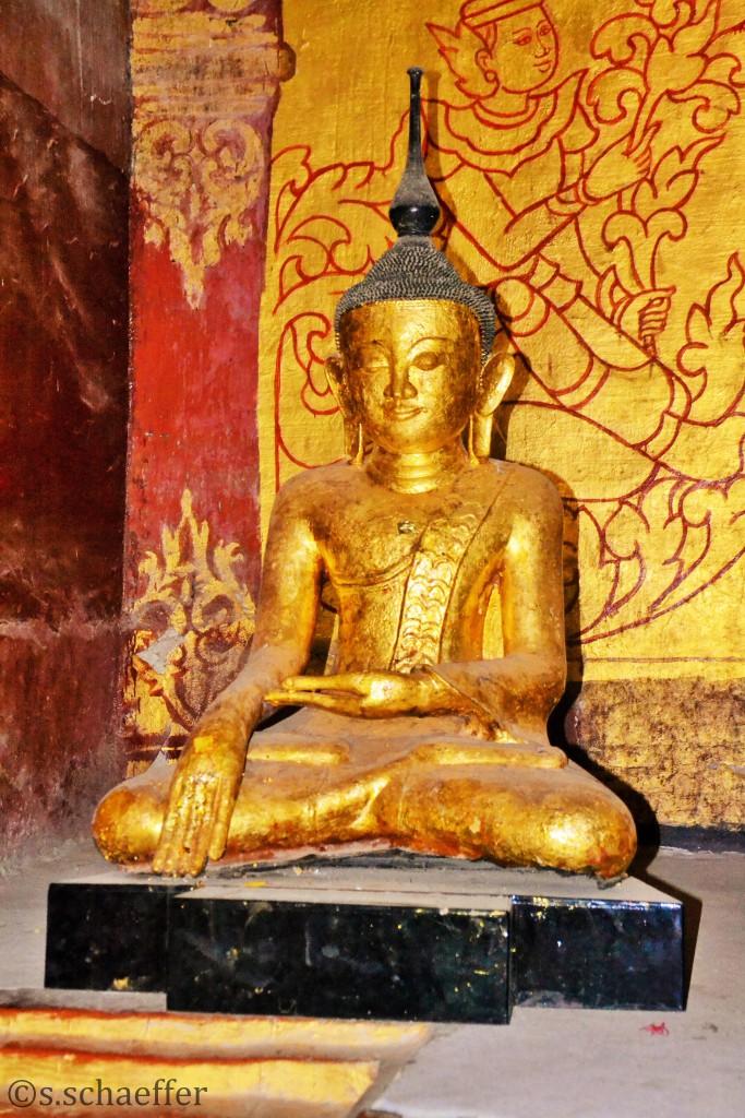 Buddha aus Blattgold