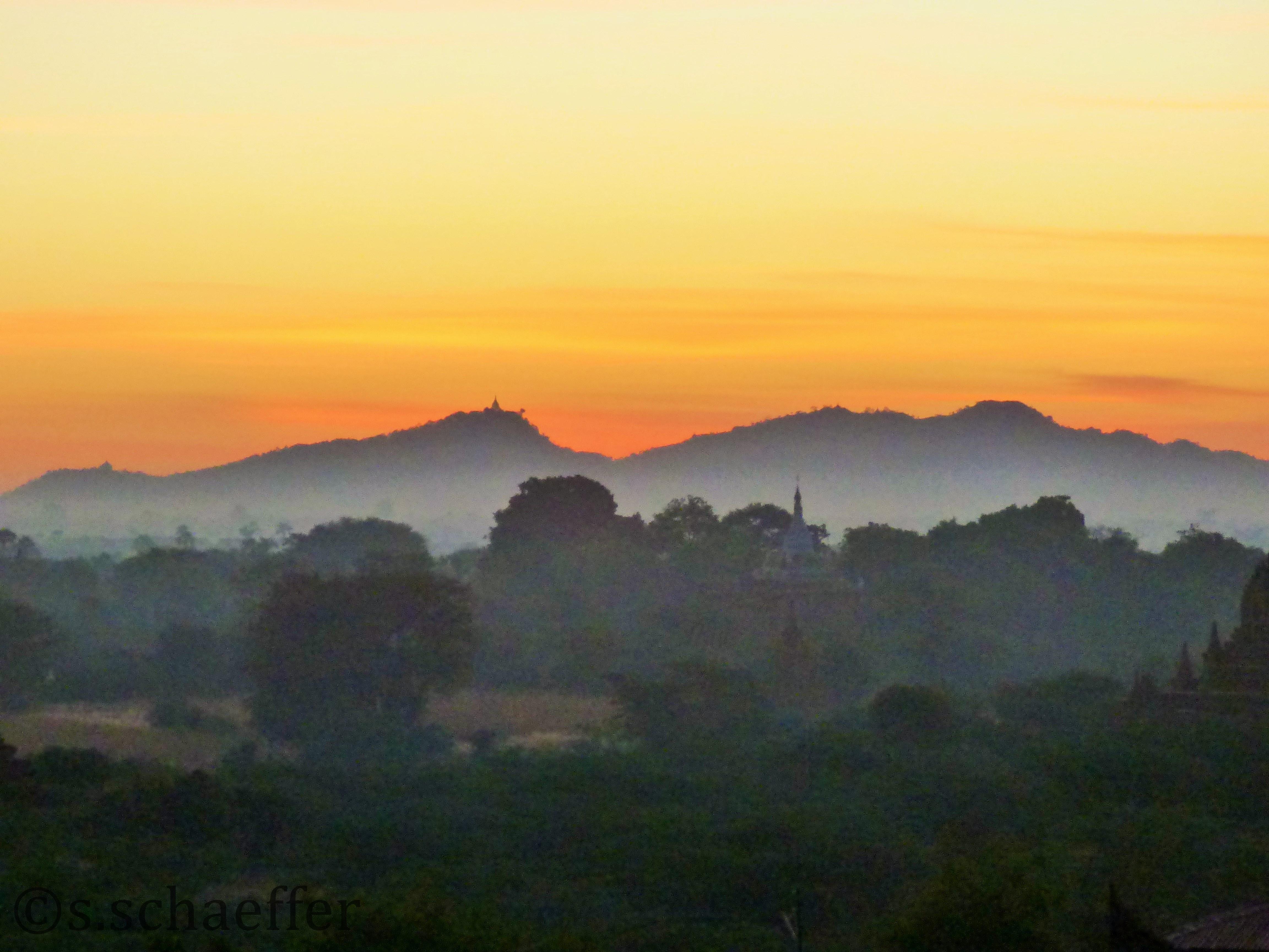 Bagan, Sonnenaufgang