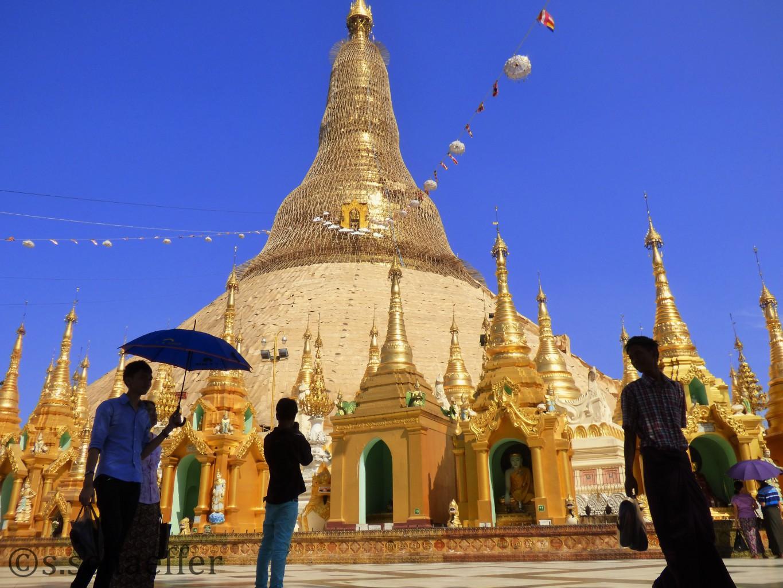 Myanmar Mittagshitze ink der Swegadon Pagode in Yangun ©s.schaeffer