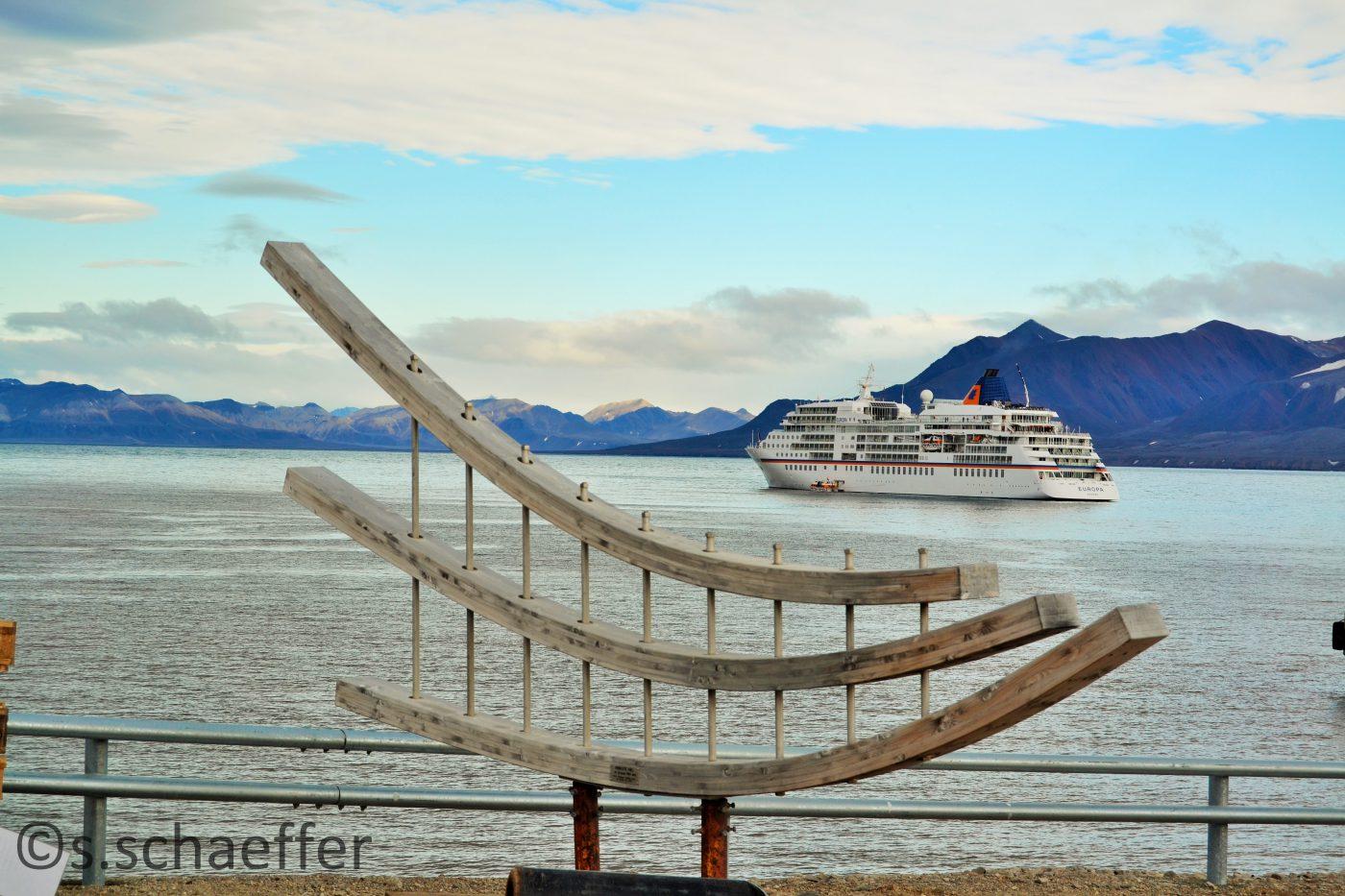 Luxusschiff in Spitzbergen